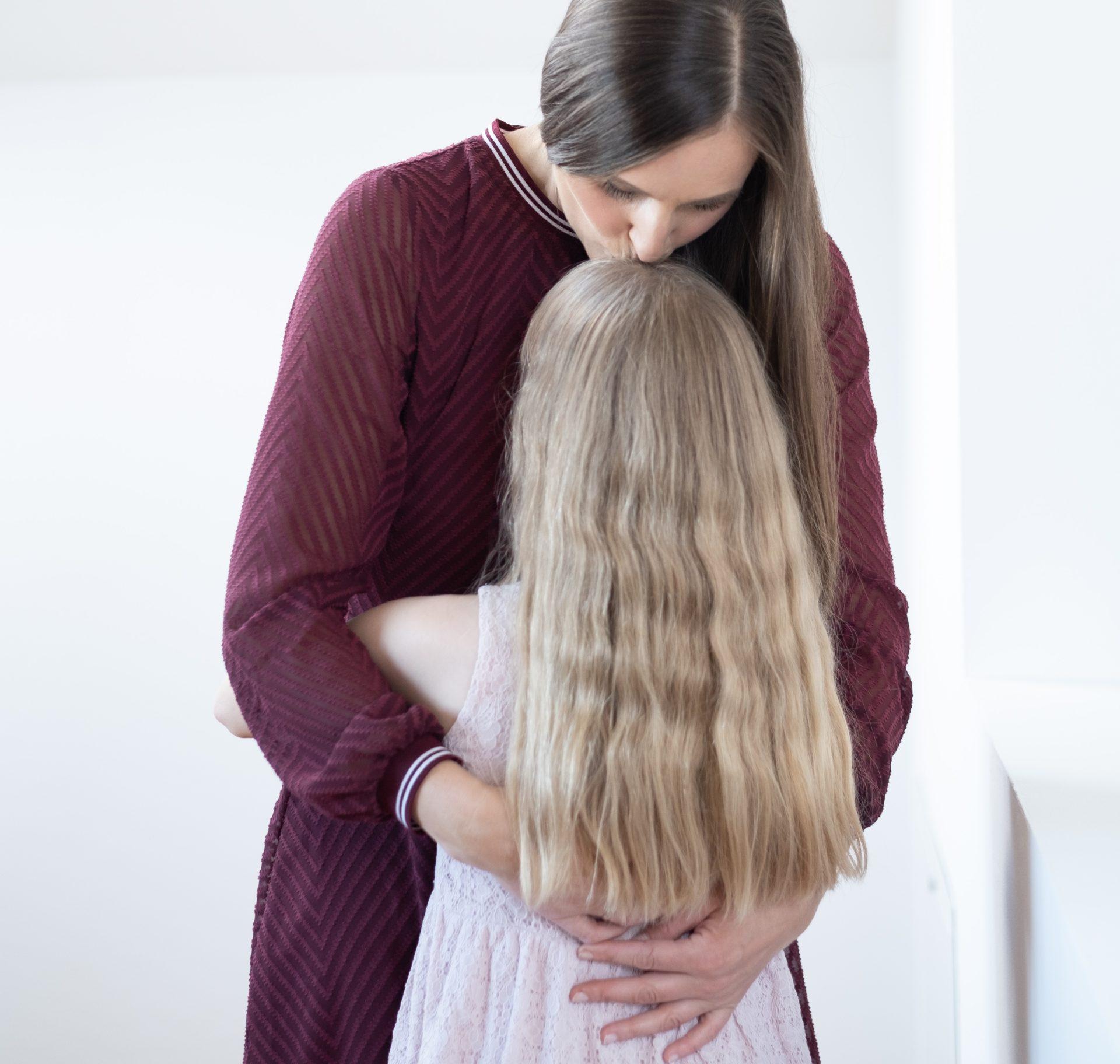 glückliche Mama glückliches Kind liebe